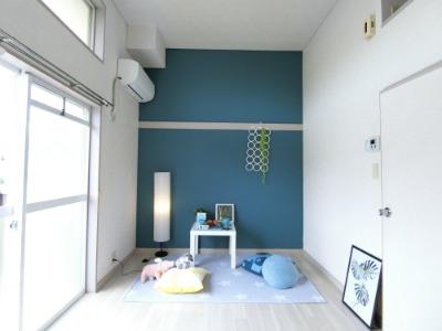【三島1Kロフト付き家賃2.9万円】学生向けワンルームは写真映えしたステージングで内見数アップを狙う!